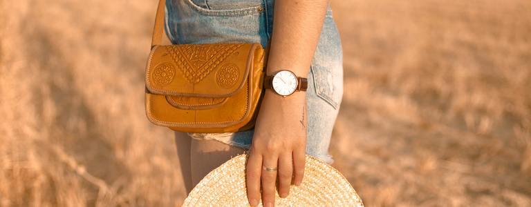 Дамската чанта от естествена кожа